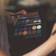 Cum pot să am o afacere ca make-up artist? Primii pași 6