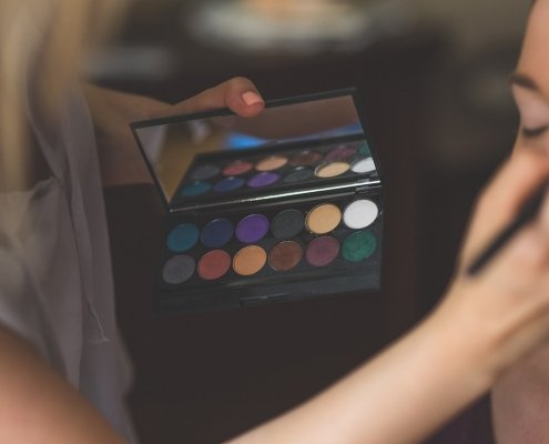 Cum pot să am o afacere ca make-up artist? Primii pași 5